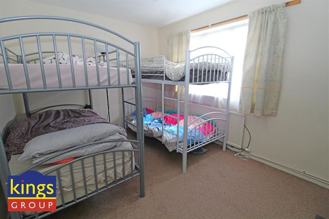 Bed 2 (18) of Monarch Close, Tilbury RM18