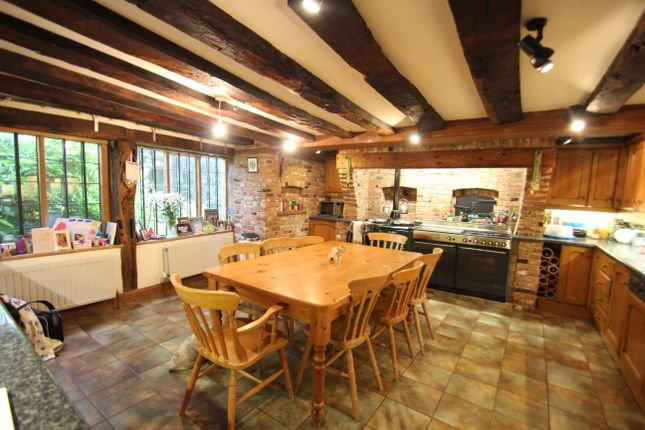 Thumbnail Detached house to rent in Bredon Road, Mitton Lodge, Tewkesbury