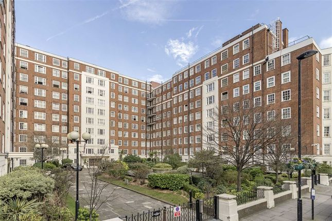 2 bed flat for sale in Edgware Road, London
