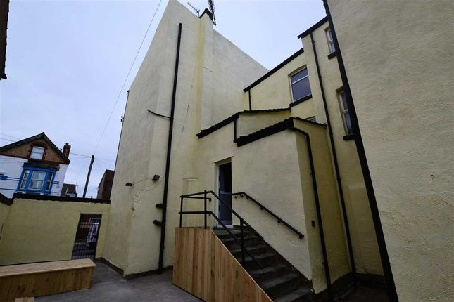 Thumbnail Flat to rent in Stanley Rd, Bootle, Liverpool