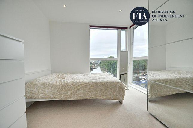 Bedroom of Malthouse Court, High Street, Brentford TW8