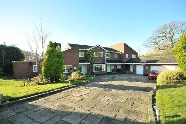 Thumbnail Property to rent in Lynwood, Hale, Altrincham