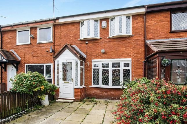 3 bed terraced house to rent in Clarke Avenue, Salford M5