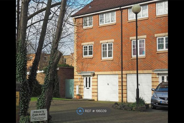 Thumbnail Semi-detached house to rent in Grandfield Avenue, Watford