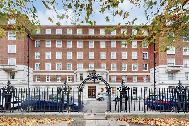 Thumbnail Flat for sale in Abbey Lodge, Park Road