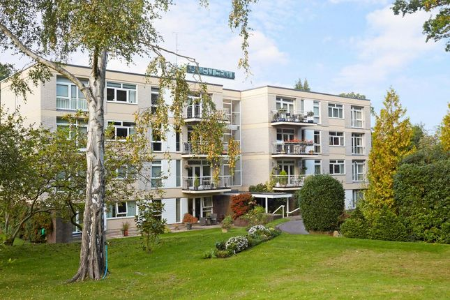 Thumbnail Flat for sale in Windsor Road, Ascot