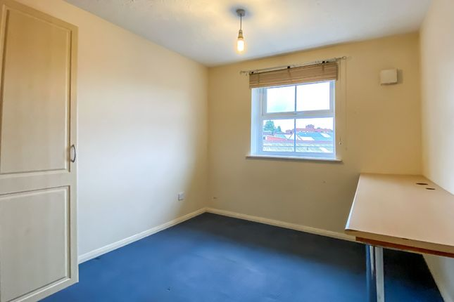 Bedroom of Drapers Fields, Canal Basin, Coventry CV1