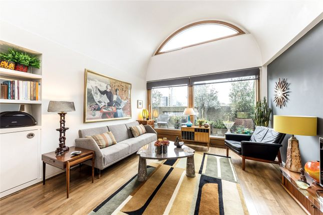 1 bed flat for sale in Defoe House, Barbican, London EC2Y