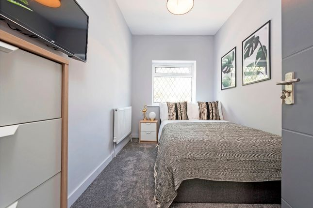 Thumbnail Shared accommodation to rent in Walkden Road, Worsley