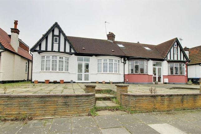 Thumbnail Detached bungalow for sale in Crossway, Enfield