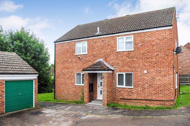 Thumbnail Flat to rent in Leat Close, Sawbridgeworth