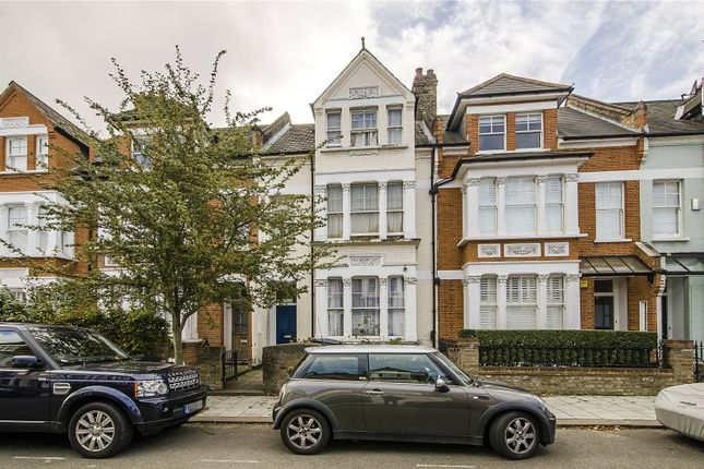 6 bed terraced house for sale in Lynette Avenue, London