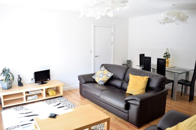 Thumbnail Flat to rent in The Richmond, Aspect 14, Leeds