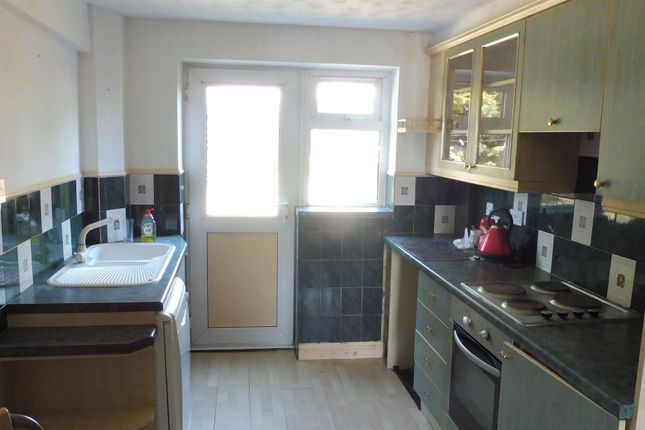 Kitchen of Gainsborough Road, Corby NN18
