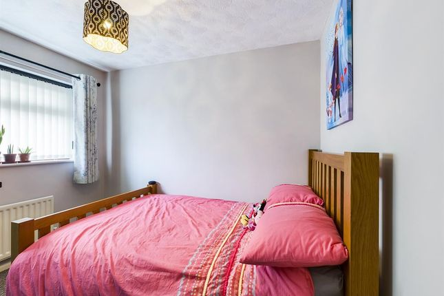 Bedroom 2 of Tansey Close, Bucknall, Stoke-On-Trent ST2