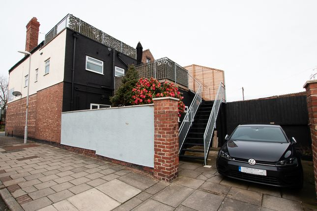 Thumbnail Duplex to rent in Market Street, Hoylake
