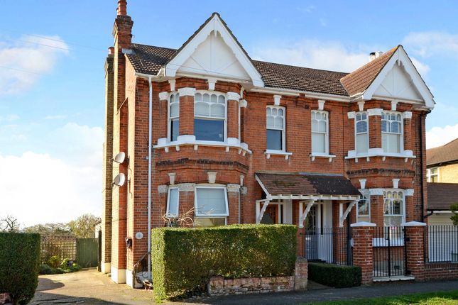 Thumbnail Maisonette for sale in Penton Avenue, Staines