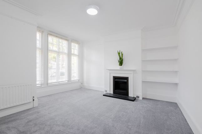 Thumbnail Flat to rent in Cowley Road, London