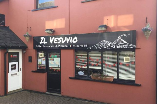 Thumbnail Restaurant/cafe for sale in Pound Field, Llantwit Major