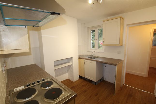 2 bed terraced house to rent in Martins Cottages, Longfield