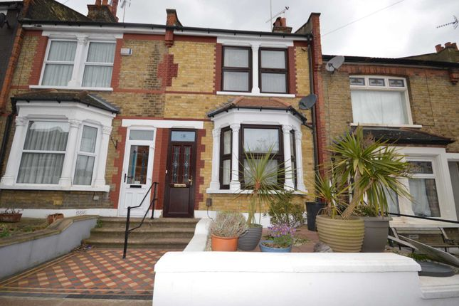 Thumbnail Property to rent in Rochdale Road, London