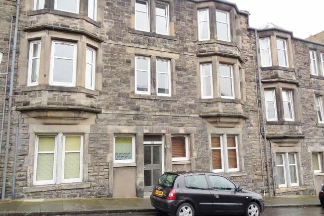 Thumbnail Flat to rent in Harriet Street, Kirkcaldy