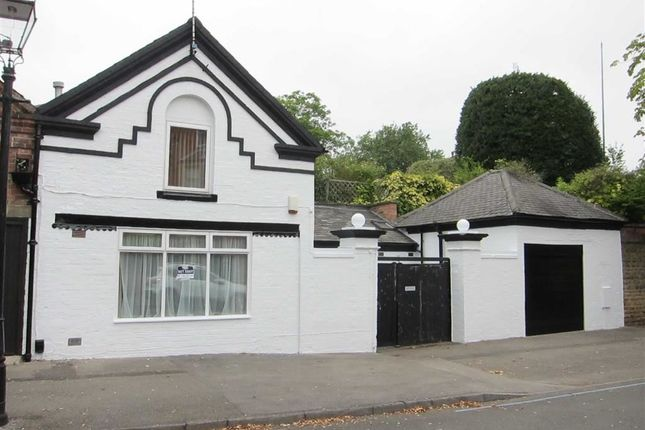 Thumbnail Detached house to rent in Holles Crescent, The Park, Nottingham