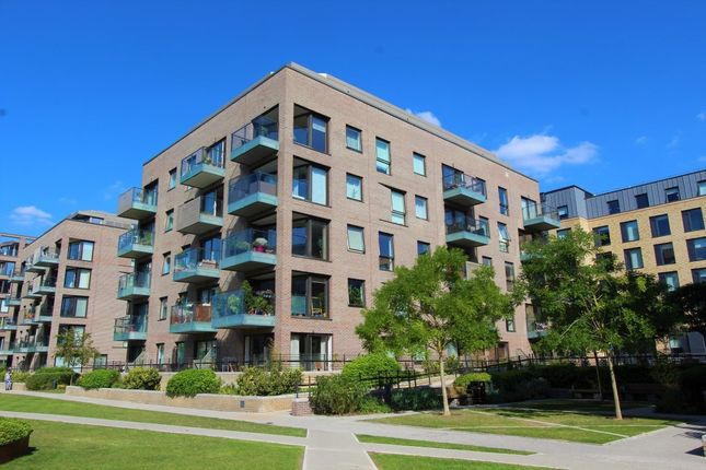 Thumbnail Flat for sale in Mill Park, Cambridge