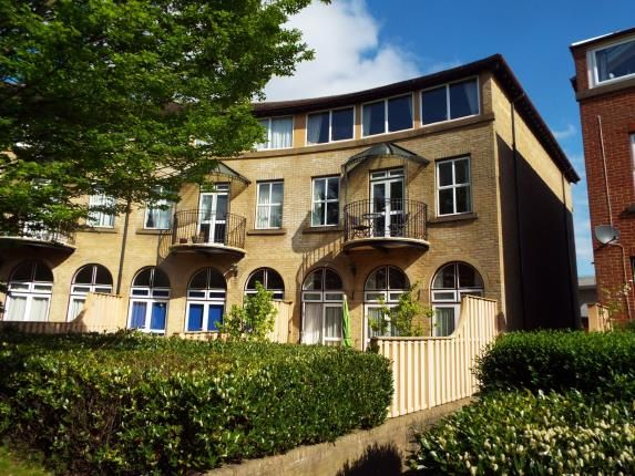 2 bedroom flat for sale in Ocean Village, Southampton, Hampshire
