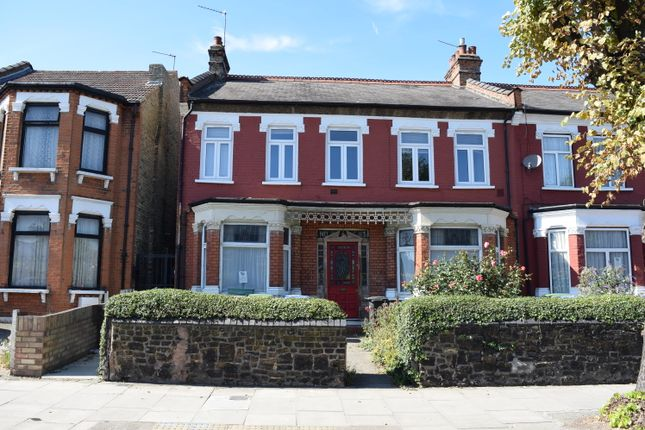 Thumbnail Flat to rent in Brownlow Road, Bounds Green