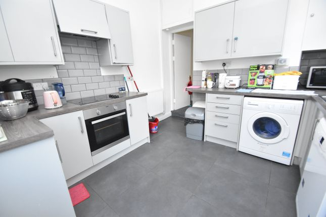 6 bed property to rent in Colum Road, Cathays, Cardiff CF10