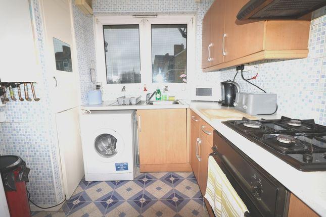 Kitchen of Pakenham House, Wellington Row, Shoreditch/Hoxton E2