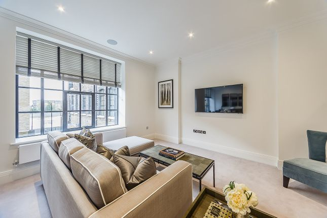 Thumbnail Flat to rent in Rainville Road, Fulham, London