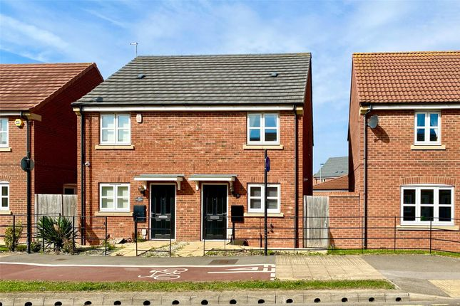 Picture No. 02 of Runnymede Lane, Kingswood, Hull, Eas Yorkshire HU7