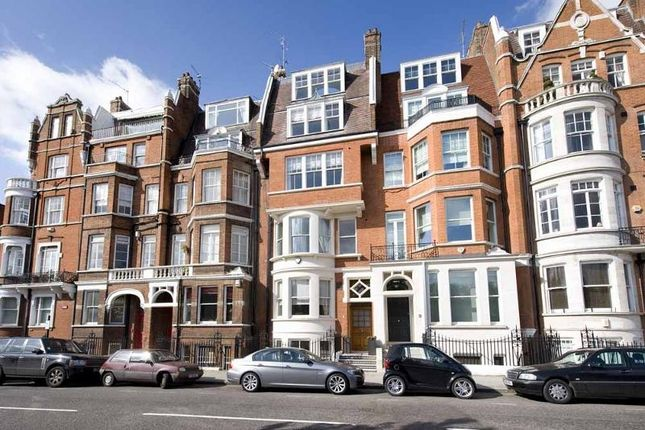 Thumbnail Terraced house to rent in Cheyne Place, Chelsea, London