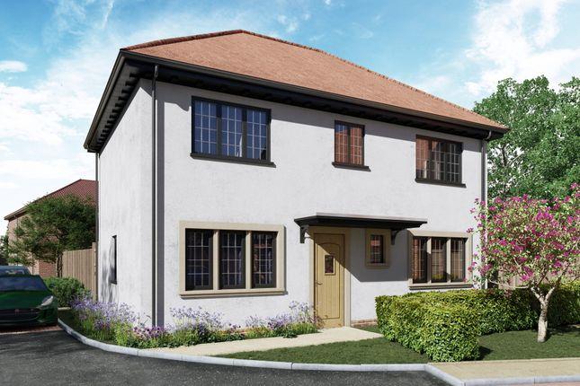 Thumbnail Detached house for sale in Portnalls Road, Coulsdon