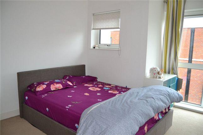 Bedroom of Parkway, Newbury, Berkshire RG14