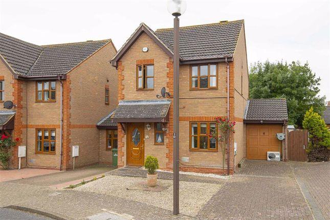 Thumbnail Detached house to rent in Benacre Croft, Tattenhoe, Milton Keynes, Bucks