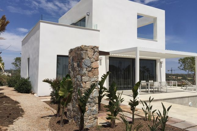 Thumbnail Villa for sale in 03189 Dehesa De Campoamor, Alicante, Spain