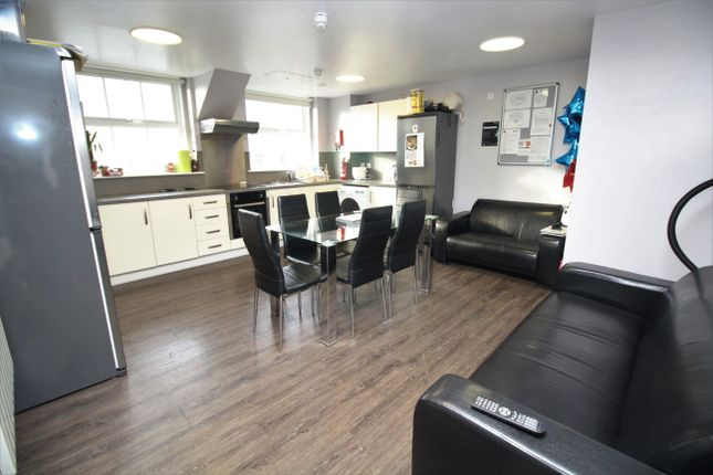 Thumbnail Shared accommodation to rent in Albion House, Newcastle Upon Tyne