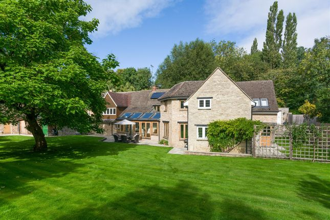 Thumbnail Country house for sale in Lighthorne, Warwick, Warwickshire