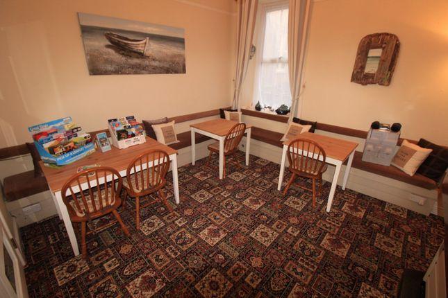 29 marine terrace criccieth ll52 11 bedroom town house for 11 marine terrace