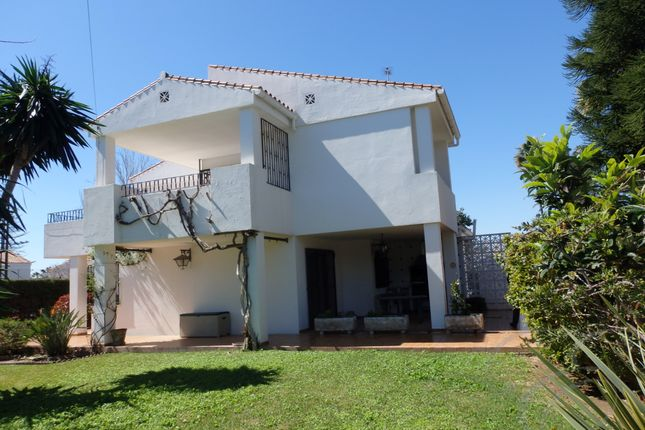 Thumbnail Villa for sale in Chilches, Axarquia, Andalusia, Spain