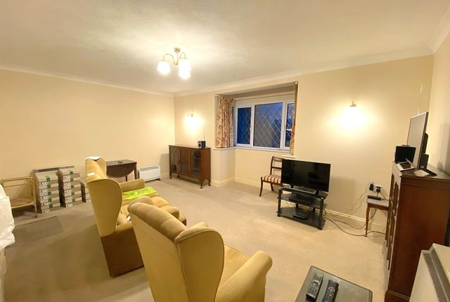 Thumbnail Flat for sale in Rose Court, North Bank, Hassocks, West Sussex.