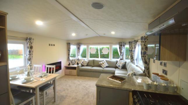 Living Area of Chilling Lane, Warsash, Southampton SO31