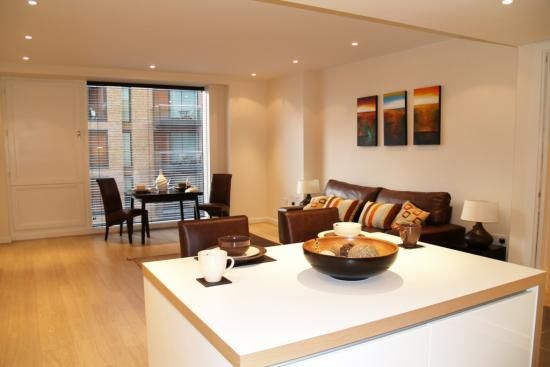 Thumbnail Flat to rent in Gatliff Road, Grosvenor Waterside, London.