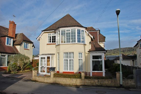 3 bed flat for sale in Roselands, Sidmouth