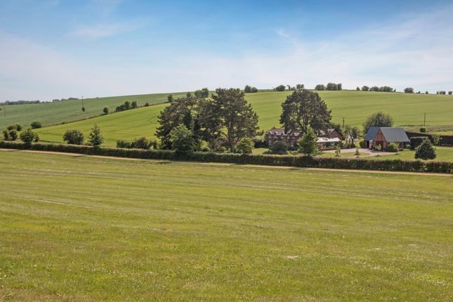 Thumbnail Detached house to rent in Trabbs Farmhouse, Seven Barrows, Lambourn, Hungerford