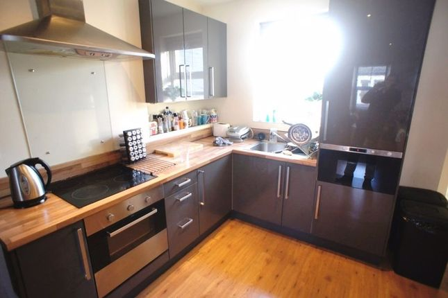 Thumbnail Flat to rent in Minny Street, Cathays, Cardiff