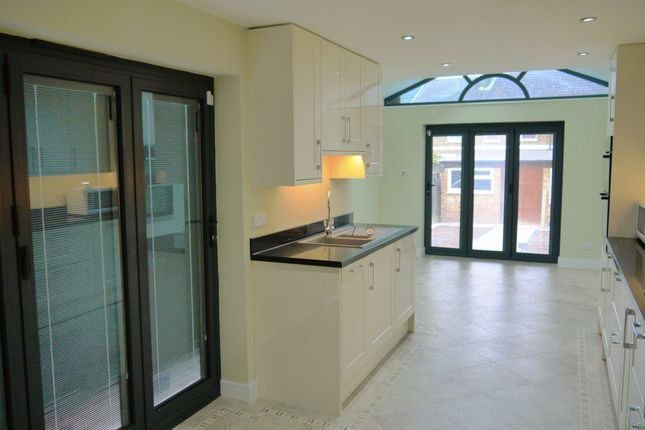 Thumbnail Terraced house to rent in Moffat Road, London